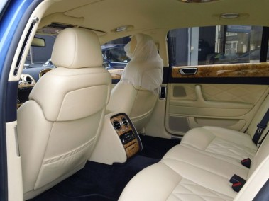 Bentley-Continental-Flying-Spur-Mulliner-04